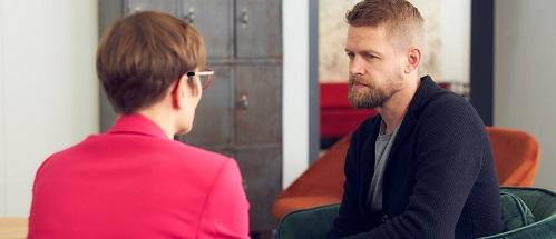 Työntekijän sitouttaminen lomautuksen aikana vaatii avointa kommunikointia ja molemminpuolista luottamusta.